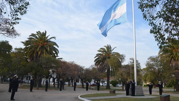 """Puerto Belgrano: Recordaron el hundimiento del rastreador ARA """"Fournier"""""""