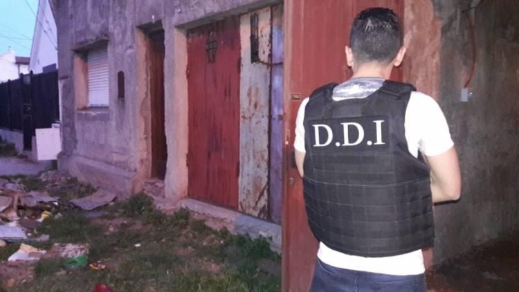Se realizaron 3 allanamientos en nuestra ciudad por el robo de un millón de pesos a un camionero