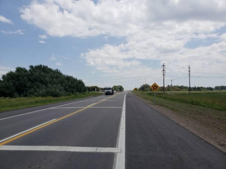 El Gobierno Provincial y Nación firmaron convenios para la repavimentación y ensanche de las rutas N°51 y N°41