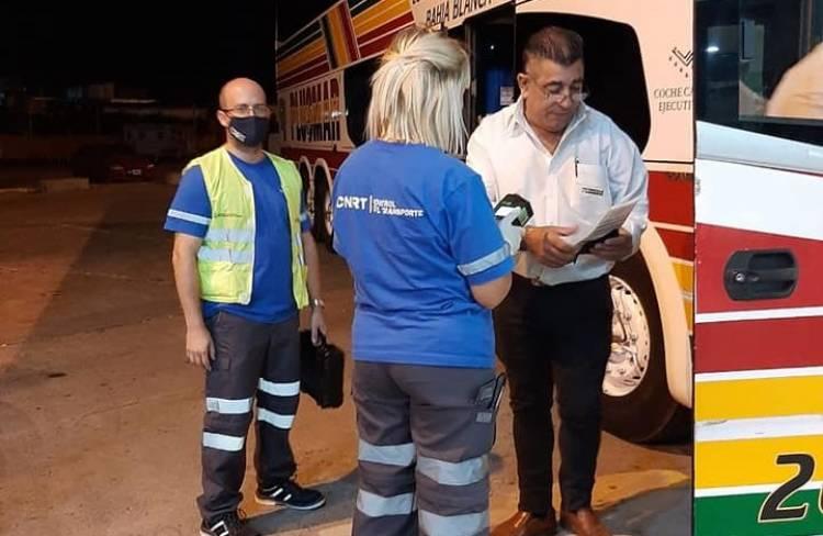 En la noche del sábado se realizaron controles de alcoholemia en terminal de ómnibus
