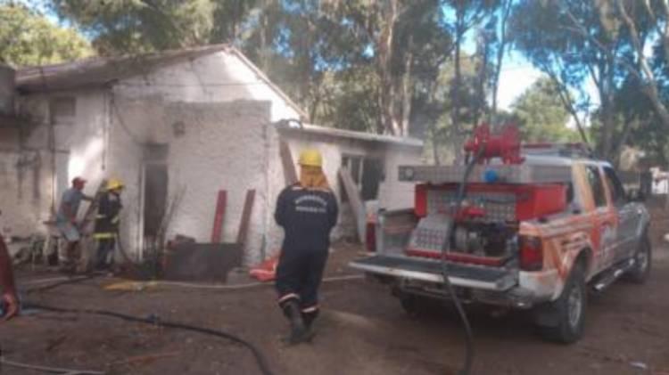Pehuen Co: Principio de incendio en una casa