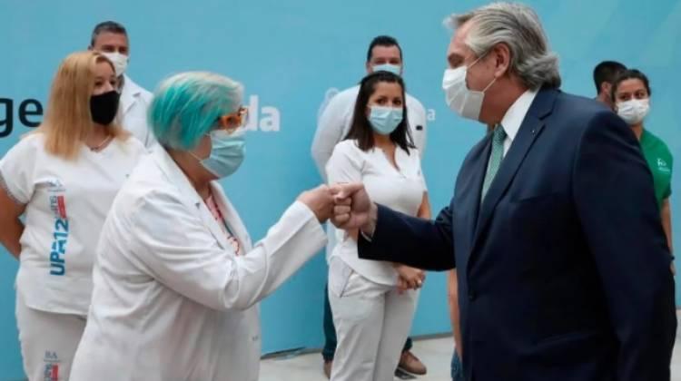 El Presidente Alberto Fernández anunció un bono por 6.500 pesos para personal de salud