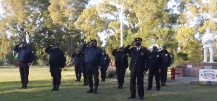 """Pehuen Co tuvo su ceremonia por el """"Día del Bombero Argentino"""""""