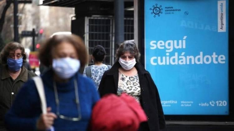 Otras 46 personas murieron y 930 dieron positivo de coronavirus en Argentina